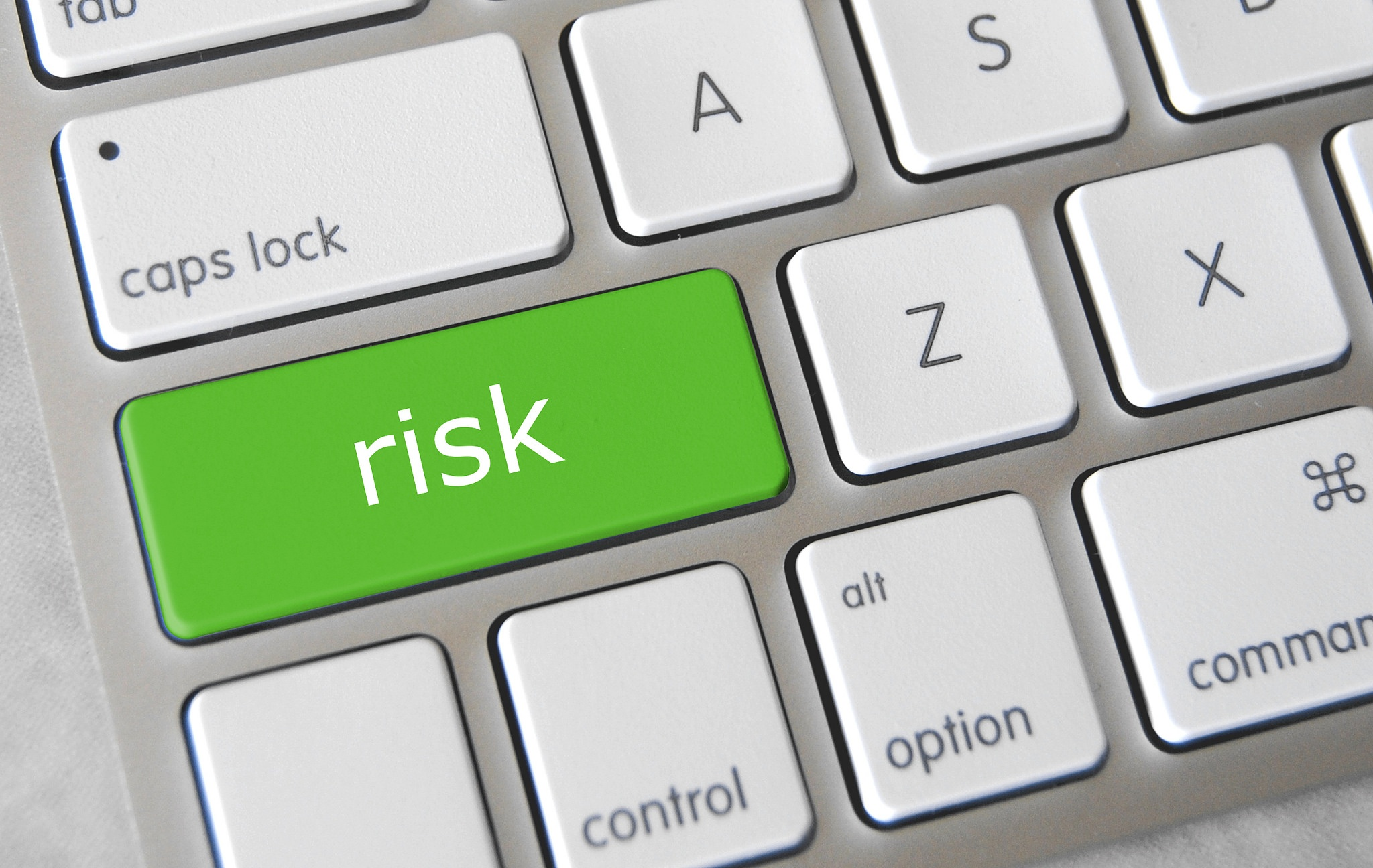 A Brief Introduction to Medical Device Risk Management (Plus 5 Tips) - Featured Image